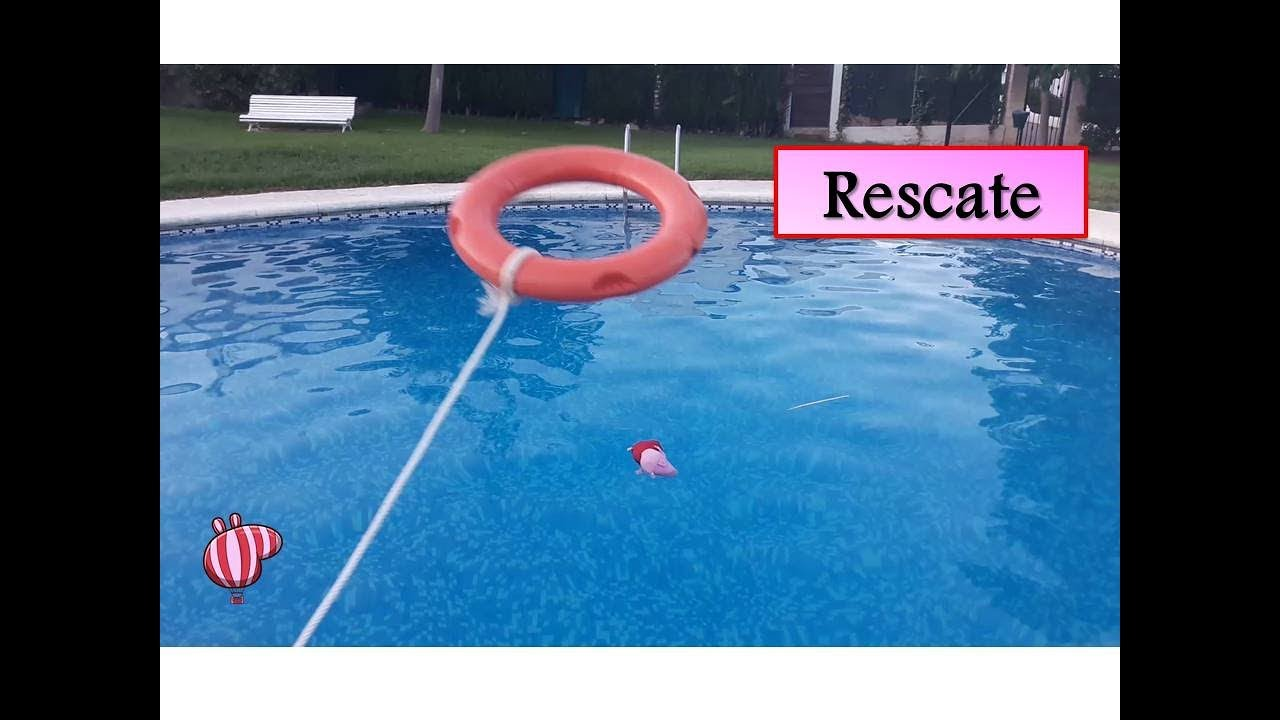 Peppa pig sale de la piscina con un salvavidas v deos de - Peppa pig piscina ...
