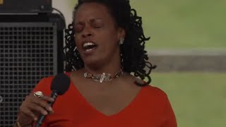Dianne Reeves - Full Concert - 08 / 12 / 00 - Newport Jazz Festival (OFFICIAL)
