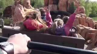 Американские горки. Парижский диснейленд.(Американские горки в Парижском диснейленде увлекательное и веселое развлечение. Прокатившись на горках..., 2013-01-14T17:27:21.000Z)