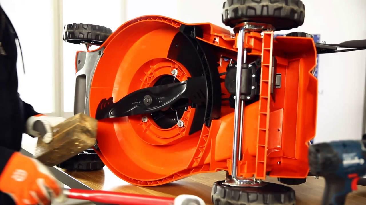 Installation d 39 un kit mulching pour tondeuse youtube - Tracteur tondeuse mulching ...