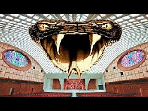 ¡Etwas Sehr Unheimliches Versteckt Sich in der Audienzhalle im Vatikan!