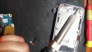 видео Ремонт SAMSUNG Galaxy Young 2: замена стекла экрана, дисплея, аккумулятора, разъема USB гнезда зарядки