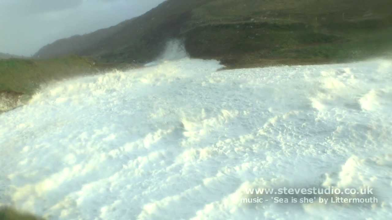 Strange Natural Phenomenon - A River of Sea Foam UK Storm ...
