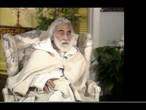 Sufi Mystic Pir Vilayat Inayat Khan on Suffering, Self-Worth and The Sacred