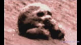 The Alien skull on mars