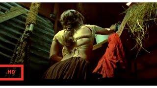 RITESH DESHMUKH AND REEMA SEN KISSING   MALAMAAL WEEKLY(2006)[comedy]