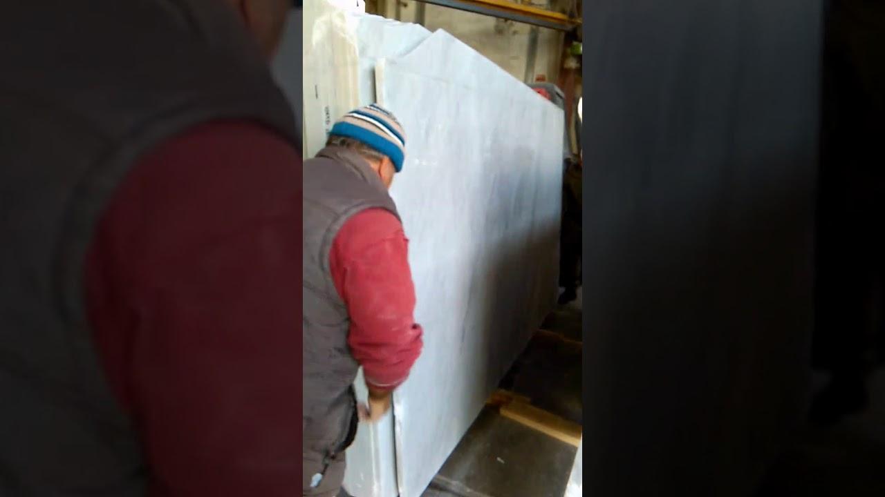 Tagliare Marmo Piano Cucina taglio lastre di marmo a mano - youtube