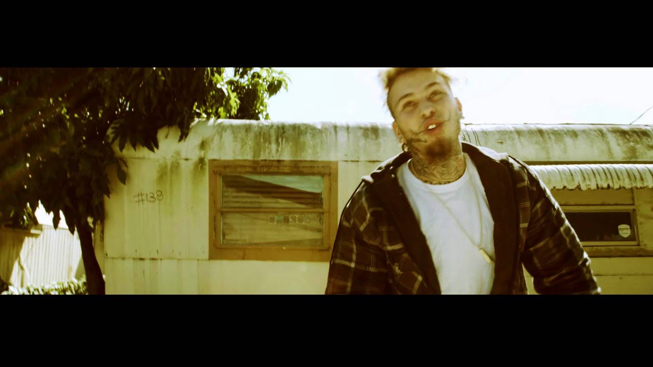 Stitches - Molly Cyrus (Official Music Video)