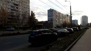 Смотреть видео Москва 1007 улица Кулакова, бизнес-парк Орбита, отель Hampton осень день онлайн