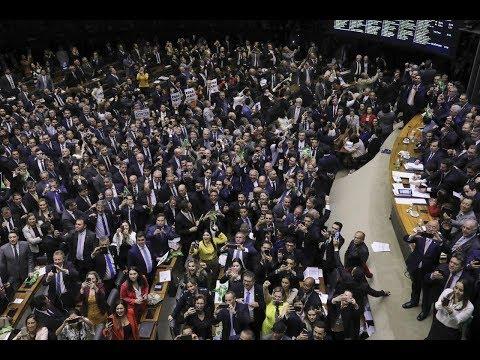 Ao vivo: Texto da reforma da Previdência volta para Comissão Especial