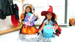 Masal and Öykü found gifts for Halloween
