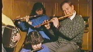 Roger Sherlock : The Queen Of May / Anderson's - 2 Irish reels on flute