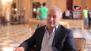 «سميح ساويرس»: «ماينفعش يكون في وزير سياحة ووزير طيران»