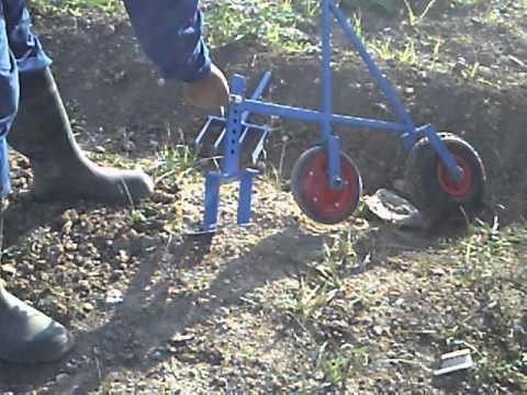 Herramienta para jardiner a y agricultura youtube for Antorchas para jardin caseras
