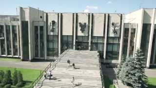 видео Бесплатная экскурсия по университету