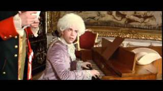 Моцарт издевается над Сальери (из фильма Amadeus)