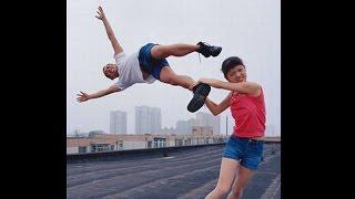 Эффективная самооборона на улице: 1-й урок (основы защиты)(Хотите ли Вы научиться защищать себя и близких? Подробнее здесь: http://atletizm.com.ua/personalnyj-trener/uslugi http://vk.com/id138709288..., 2015-01-04T16:38:55.000Z)