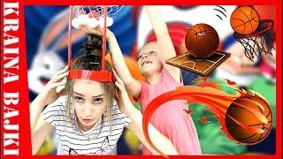 BASKETBALL CHALLENGE! Monia z koszem na  głowie! GRA DLA DZIECI z FLYING TIGER