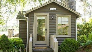 Charming Romantic 1940's Retro Cottage Tiny Home   Lovely Tiny House