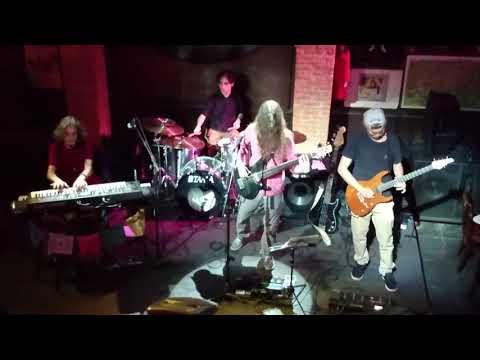 06 21st Century Schizoid Man (King Crimson)