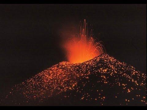 San Salvador, El Salvador Vulcano Eruption Chaparrastique