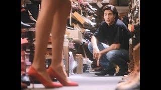 Сцена в обувном — Дневники красной туфельки