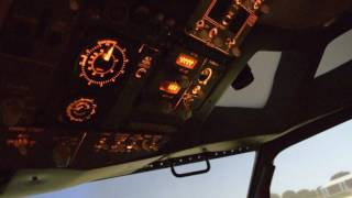 Video CARA MENERBANGKAN PESAWAT BOEING 737-800 ( SIMULATOR SESSION ) download MP3, 3GP, MP4, WEBM, AVI, FLV Februari 2018
