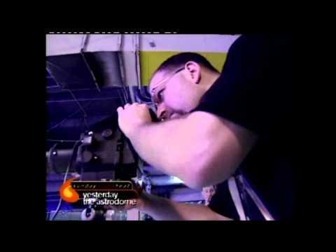 Incedent At WWF Wrestlemania 17 Fan Axxess