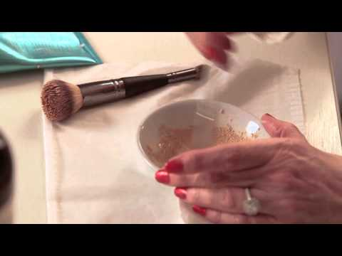 How to Make Your Own Foundation : Makeup & Beauty Care