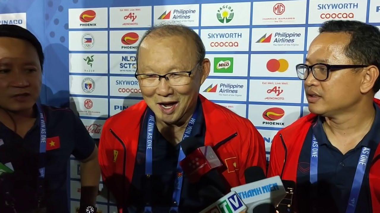 HLV Park Hang Seo rưng rưng nghẹn ngào sau khi cùng U22 Việt Nam giành huy chương vàng SEA Games