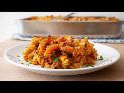 Schneller Nudelauflauf mit Hackfleisch (Rezept) || Simple Pasta Bake with Ground Meat || [ENG SUBS]