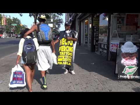 Walking in Bronx - West Fordham Road