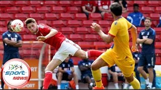 Nottingham Forest must give Jack Hobbs a run in the team, says Garry Birtles