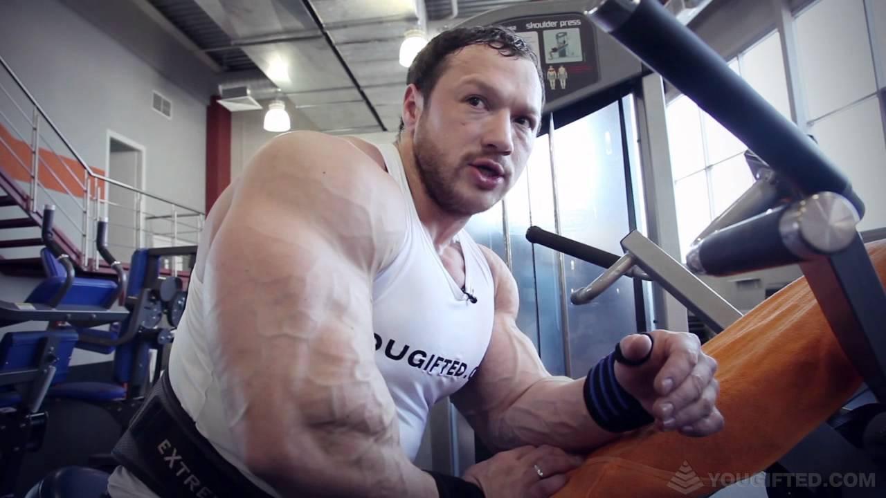 Игорь Выборнов. Тренировка плеч и рук.