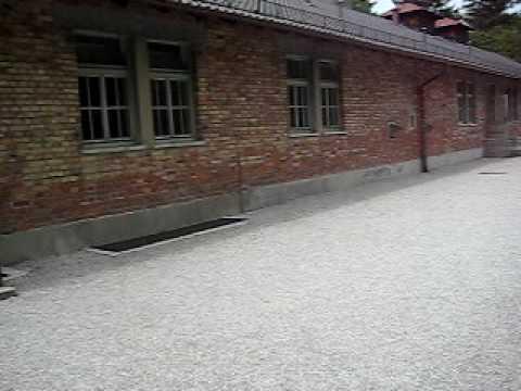 Lò thiêu người của Hitler tại Dachau (Đức) von trung06kien