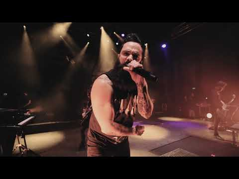 Skillet - Save Me (Live From London)