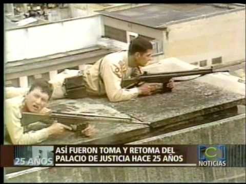 Holocausto del palacio de justicia en Colombia por el M-19  1 de 3