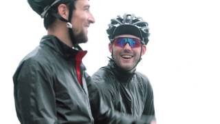GORE BIKE WEAR® - Cycling the Alps in the ONE GORE-TEX® Active Bike jacket with SHAKEDRY™ technology