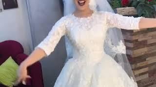 Download Video رقص ودلع عروسة هي واختها علي اغنية  (فرتكة فرتكة)! MP3 3GP MP4