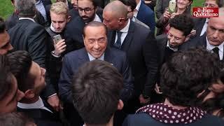 La battuta greve di Berlusconi alla giovane farmacista: