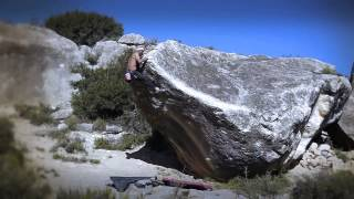 Jason Kehl bouldering in Spain (DPM Climbing)
