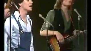 AIR SUPPLY - Love & Other Bruises - 1976 (video)