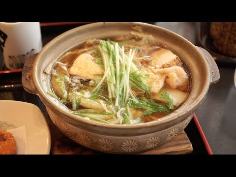 Chankonabe (ちゃんこ鍋) Japanese SUMO Food in TOKYO, JAPAN + LIVE Sumo Fight 2017 - BEST Japanese Food