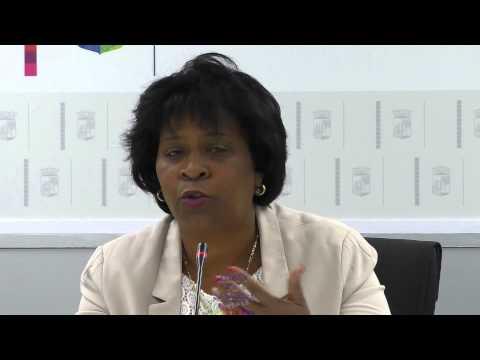 Minister di Desaroyo Sosial Labor i Bienestar Sra R Larmonie Cecilia Topiko Lei di Bion