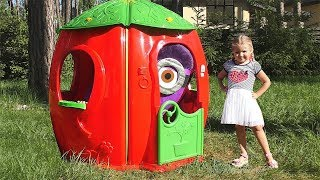 Diana construye una casa para Minion! Video divertido para niños!