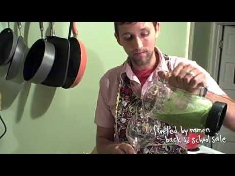 "Fun.: How To Make A ""Green Monster"" Smoothie"