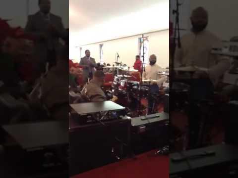 Minister of Music CHRIS MOON -HE WONT FAIL