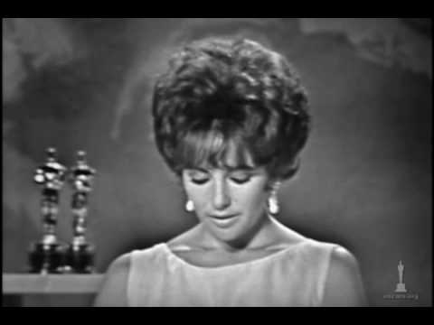 Elizabeth Taylor winning Best Actress for