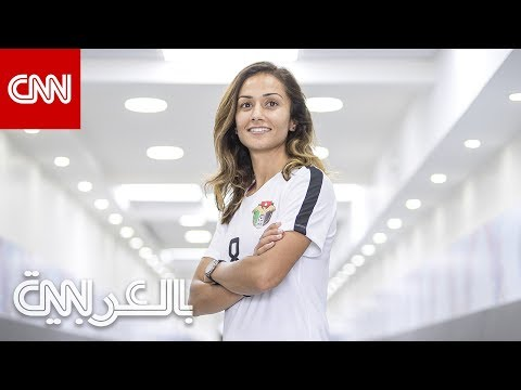بعد الصافرة.. النساء يخطفن الأضواء في كرة القدم بإنجازين  - 14:54-2019 / 3 / 21