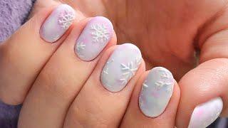 Зимний маникюр со снежинками Новогодний дизайн ногтей 2020 New Year Nail Art